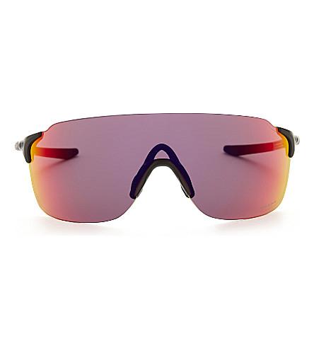 OAKLEY OO9386 Evzero 飞行员-框架太阳镜 (哑光 + 黑色