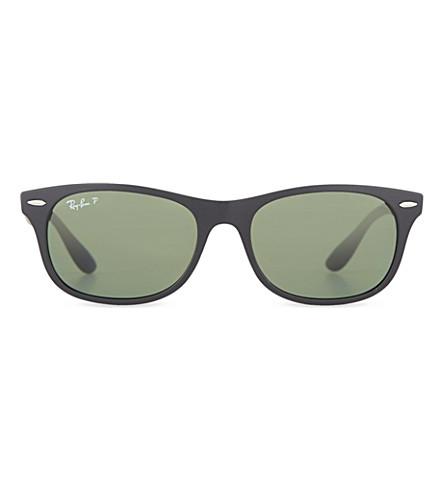 RAY-BAN Wayfarer Liteforce ORB4207 sunglasses (Matte+black
