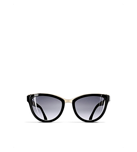 CHANEL Cat-eye sunglasses (Black