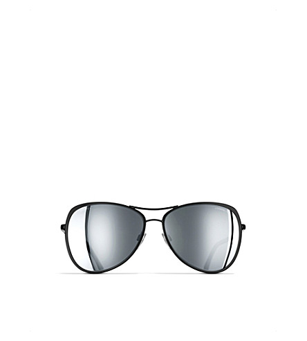 CHANEL Pilot sunglasses (Black