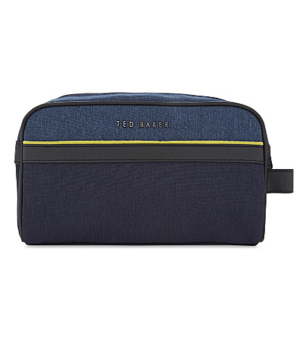 TED BAKER Carmore washbag 和毛巾套装 (海军