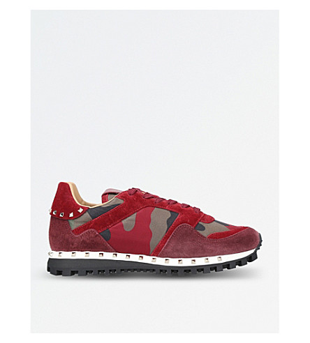 VALENTINO Rockstud studded camo suede trainers (Red+comb