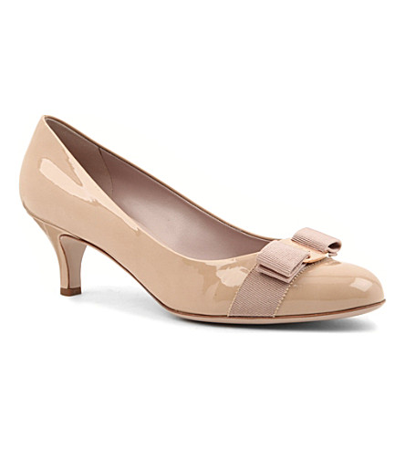 FERRAGAMO Carla court shoes (Beige