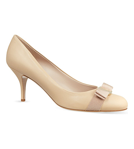 SALVATORE FERRAGAMO Carla court shoes (Beige
