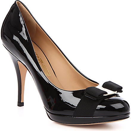 FERRAGAMO Tina patent court shoes (Black