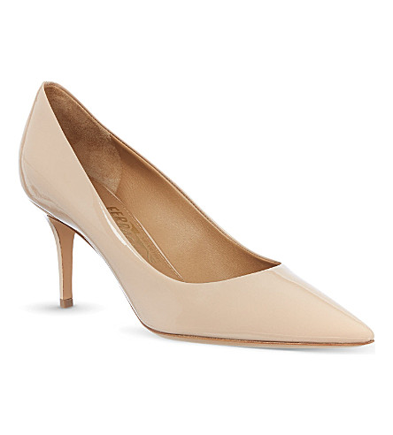 FERRAGAMO Susi patent leather courts (Nude