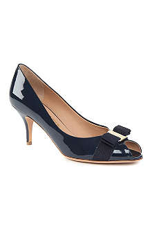 FERRAGAMO Ribes patent leather courts