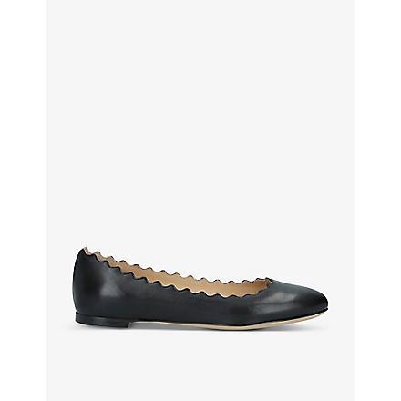 CHLOE Scalloped leather pumps (Black