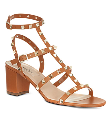 VALENTINO Rockstud leather sandals (Tan