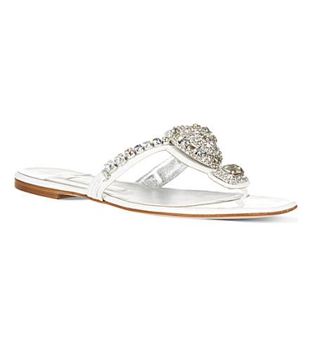 RUBY HELMET Jane sandals (White