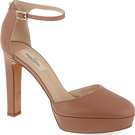 VALENTINO Leather courts (Beige