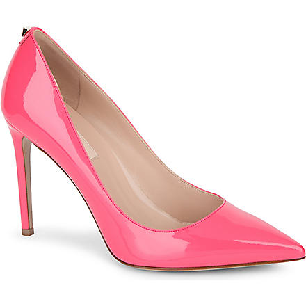 VALENTINO Patent leather courts with stud detail (Pink