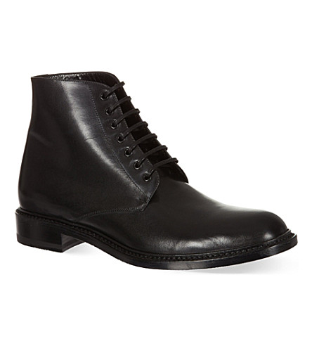 SAINT LAURENT Signature lace up boots in black leather (Black