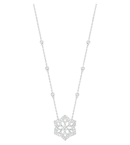 BOUCHERON Pensée de Diamants 18ct white-gold and diamond medium pendant