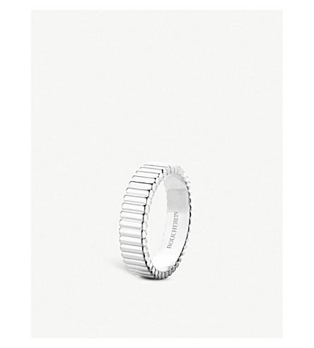 BOUCHERON Quatre Grosgrain 18ct white gold ring