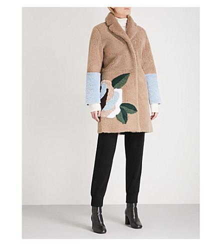 SANDRO Floral-detail shearling coat (Camel