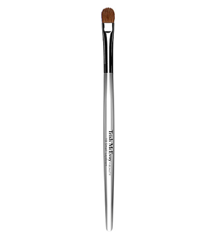 TRISH MCEVOY Brush 19 Small Laydown Brush