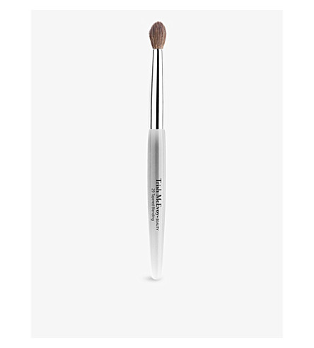 TRISH MCEVOY Brush 29 Tapered Blending