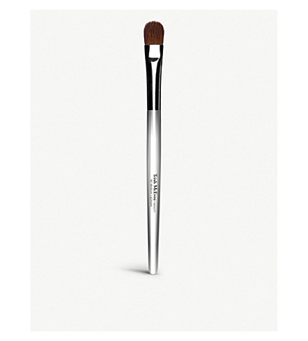 TRISH MCEVOY Brush 40 Medium Laydown Brush