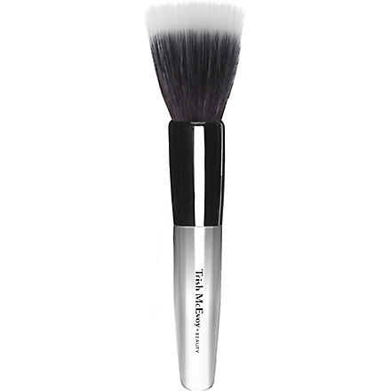 TRISH MCEVOY Mistake–Proof Sheer Application Brush