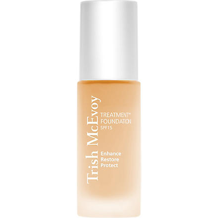 TRISH MCEVOY Treatment Foundation SPF 15 (Beige