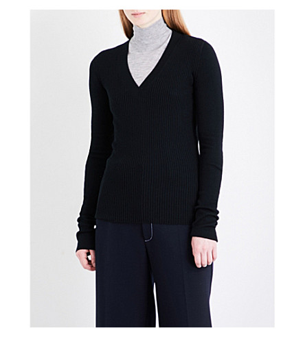 JOSEPH V-neck wool, silk and cashmere-blend jumper (Black