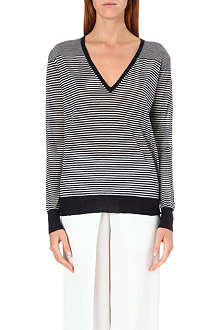JOSEPH Long sleeve v-neck cashmere top