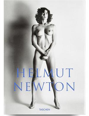 BOOKSHOP Sumo by Helmut Newton