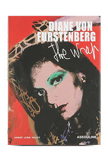WH SMITH Diane von Furstenberg: The Wrap by Andre Leon Talley