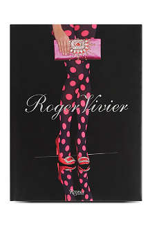 WH SMITH Roger Vivier by Virginie Mouzat