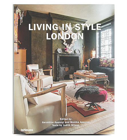 WH SMITH Living in Style London by Geraldine Apponyi and Monika Apponyi