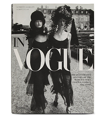 WH SMITH In Vogue by Norberto Angeletti and Alberto Oliva
