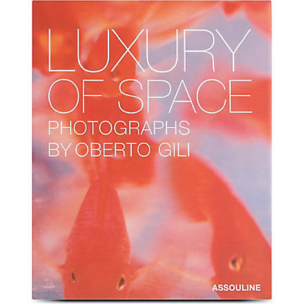 WH SMITH Luxury of Space by Oberto Gili