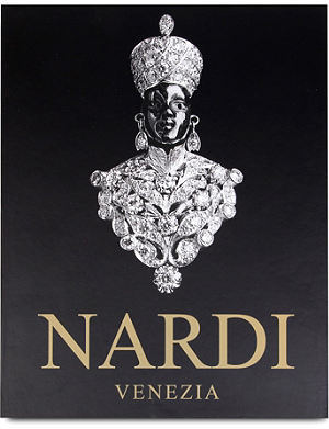 WH SMITH Nardi