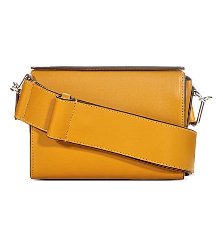 MARNI Box leather shoulder bag (Honey
