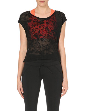 SWEATY BETTY Training over floral burnout tee