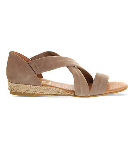 OFFICE Hallie suede sandals (Camel+suede