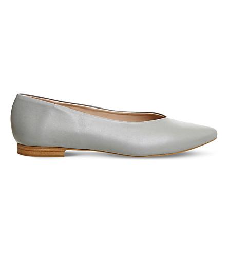 OFFICE 毒针对性皮革芭蕾平底鞋 (灰色 + 皮革