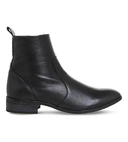 OFFICE 阿什莉皮革踝靴 (黑色 + 皮革