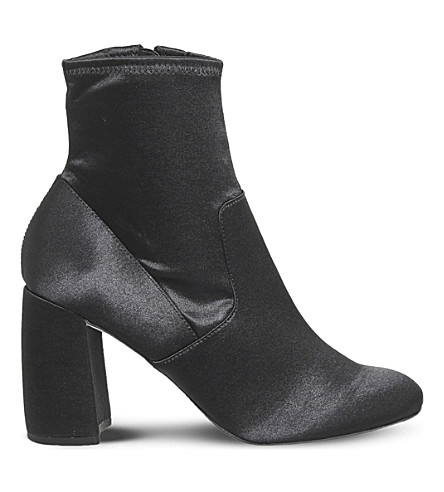 OFFICE Alter Ego sock boots (Black+satin