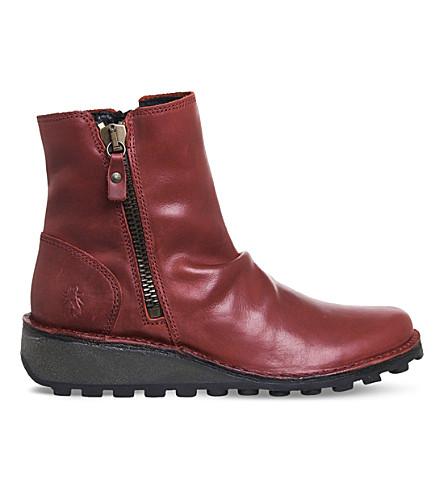 FLY LONDON 周一真皮脚踝靴 (红 + 地毯