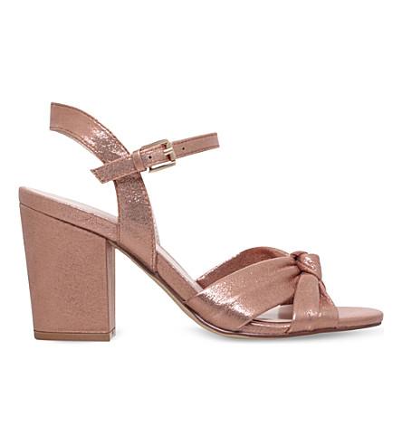 NINE WEST Starrynight 窥视脚趾金属凉鞋 (金 + 梳子