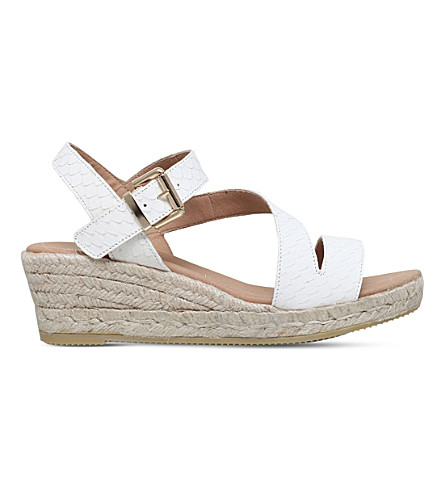 CARVELA Kloak wedge leather sandals (White