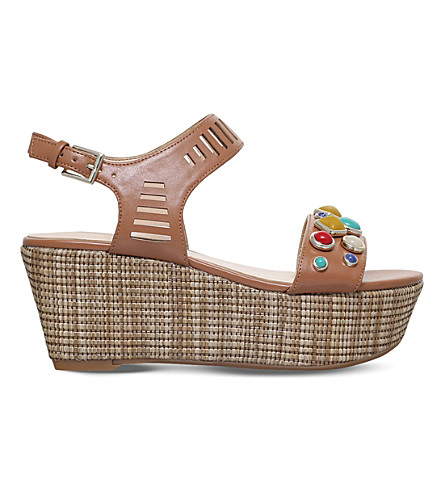 NINE WEST Feeah 楔皮凉鞋 (骆驼