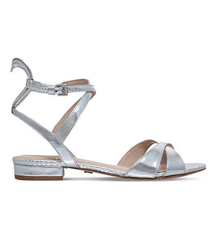 KG KURT GEIGER Mina heart detail metallic leather sandals (Silver