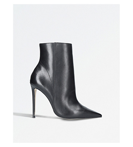 CARVELA Spectacular pointed leather boots (Black