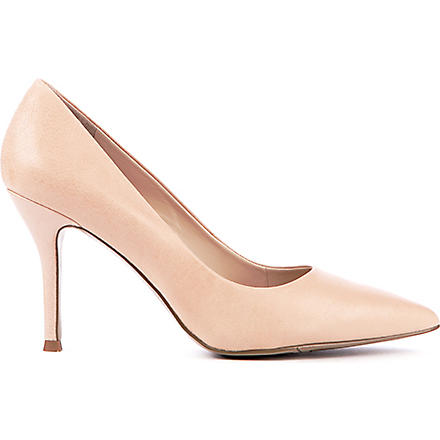 NINE WEST Flax suede courts (Nude