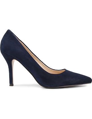 NINE WEST Flax suede courts