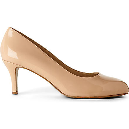 NINE WEST Applaud patent courts (Nude