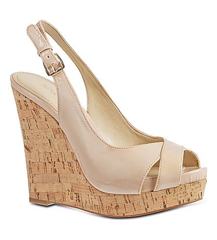 NINE WEST Laffnplay3 wedge sandals (Nude